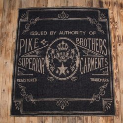Pike Brothers 1969 Logo Blanket Faded Black Wolldecke Schwarz